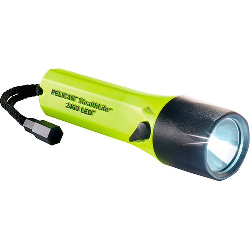 2460-Linterna LED de mano, recargable, marca Pelican, modelo StealthLite 2460, color amarillo. Cat. 2460-014-110